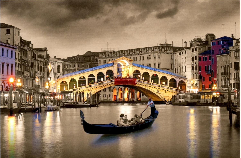 кучи однообразных хочу в венецию картинки однотонную елку
